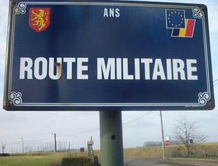 Bord Route Militaire.jpg