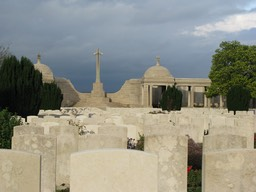Dud Corner Cemetery and Loos Memorial to the Missing